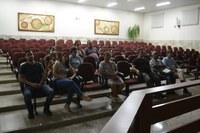 """Empresários, vereadores e munícipes se reunem para saber mais sobre a """"Escola Rural Bella Girassol"""""""