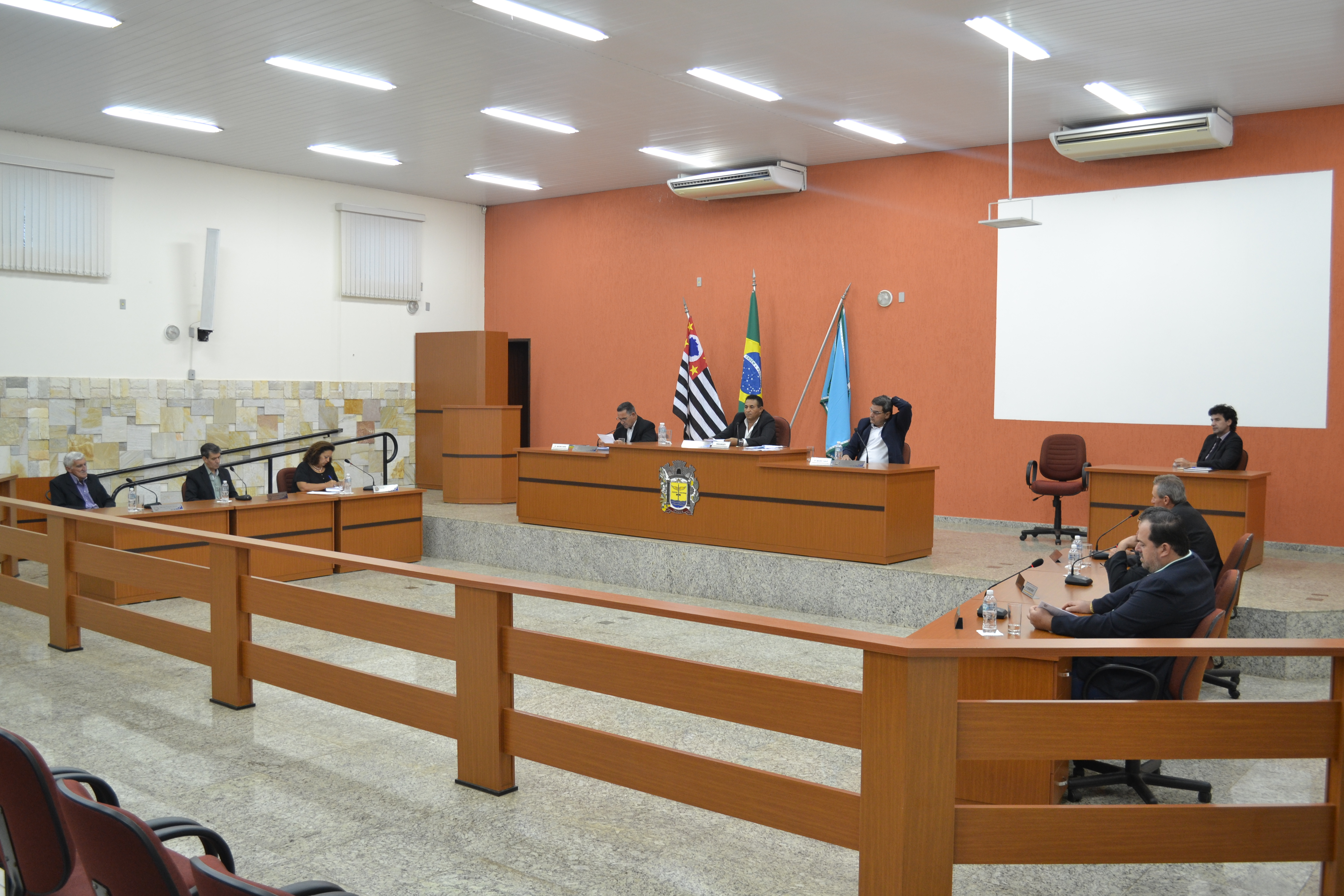 Resumo da oitava sessão ordinária da Câmara Municipal de Ipiguá